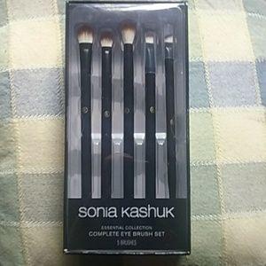 NWT Sonia Kashuk Eye Brush Set.